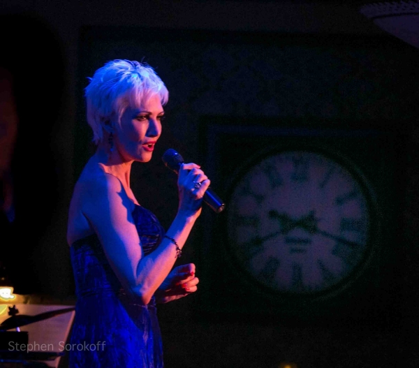 Photo Coverage: CHICAGO's Amra-Faye Wright Plays Feinstein's at Loews Regency in NYC