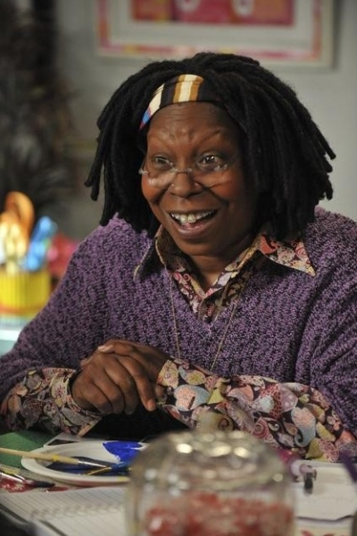 Photo Flash: First Look - Whoopi Goldberg Guest-Stars on THE MIDDLE Tonight, 5/2