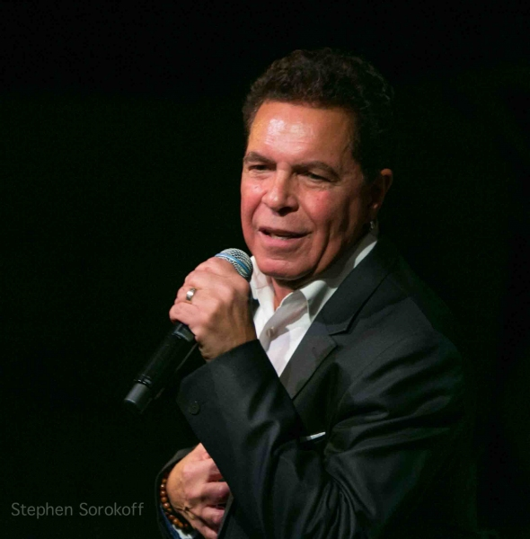 Photos: Clint Holmes Performs for Michael Douglas, Chita Rivera and More at Café Carlyle
