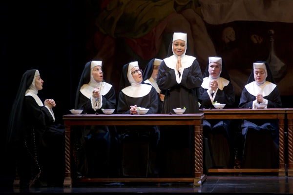 Photo Flash: First Look at Raven-Symone in SISTER ACT!