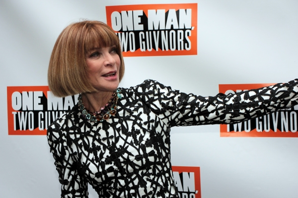 Anna Wintour at ONE MAN, TWO GUVNORS Theatre Arrivals - Mandy Patinkin & More!