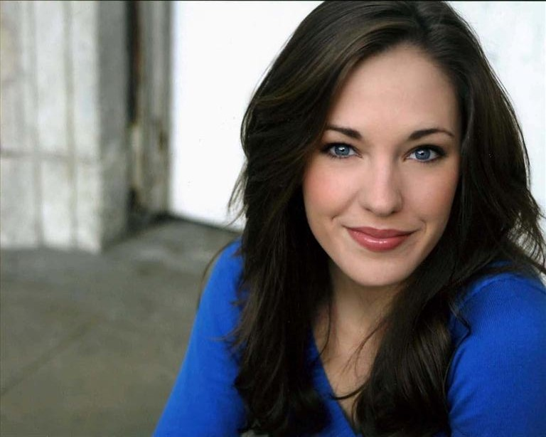 InDepth InterView: Laura Osnes On THE SOUND OF MUSIC At Carnegie Hall, ANYTHING GOES, PIPE DREAM, CINDERELLA & More