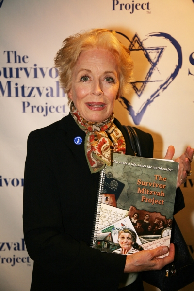 Photo Flash: Survivor Mitzvah Project Celebrities Raise Thousands for Holocaust Survivors
