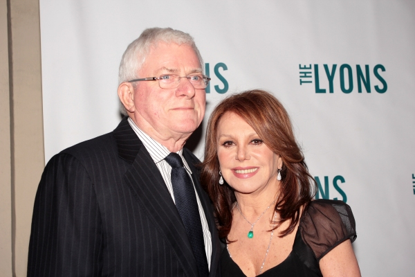 Phil Donohue, Marlo Thomas at THE LYONS- Opening Night Theatre Arrivals!