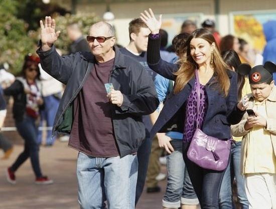 Ed O'Neill & Sofia Vergara at More Photos of MODERN FAMILY in Disneyland!