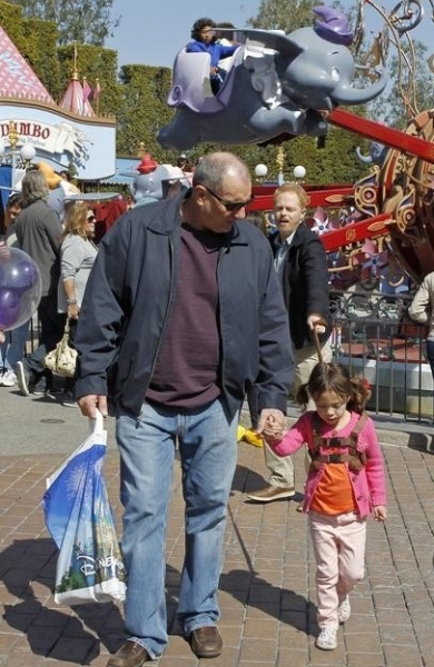 Ed O'Neill & Aubrey Anderson-Emmons at More Photos of MODERN FAMILY in Disneyland!