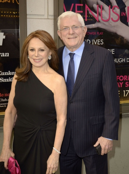 Marlo Thomas, Phil Donahue at THE COLUMNIST Opens on Broadway - John Lithgow & More!