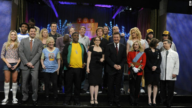 FLASH FRIDAY: 30 ROCK Live! With A Beatle & A Kardashian