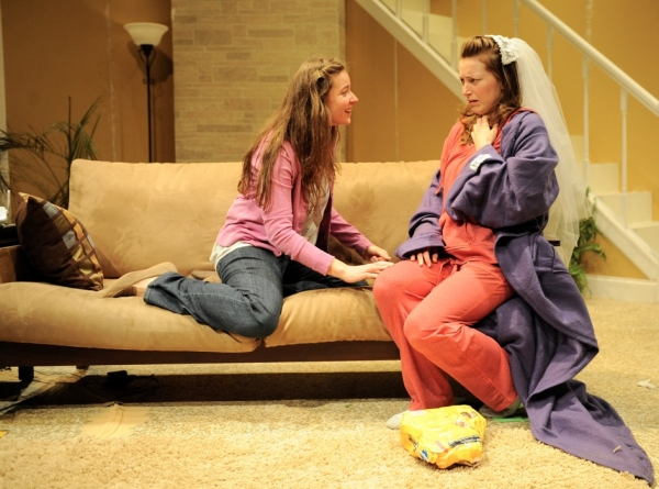 Photo Flash: Kim Rosenstock's TIGERS BE STILL in Midwest Premiere at Theater Wit