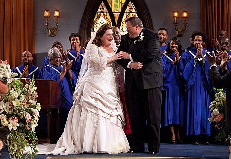 Melissa McCarthy & Billy Gardell at First Look - 'The Wedding' on CBS's MIKE & MOLLY