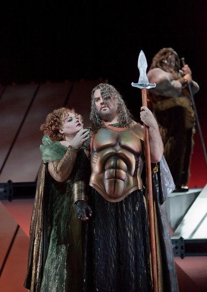 """Stephanie Blythe as Fricka and Bryn Terfel as Wotan in Wagner's """"Das Rheingold"""""""