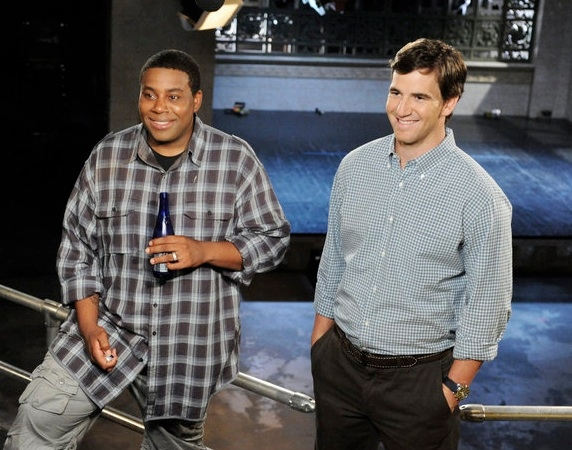 Kenan Thompson & Eli Manning at First Look - Eli Manning On the Set of SNL