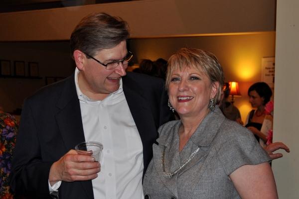 Noah Sullivan, Anita Hoffman