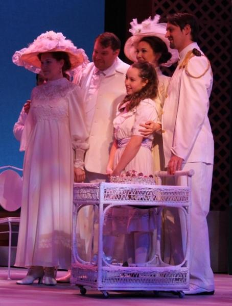 Caitlin Fischer (Lily)  Steve Tewksbury (Archibald)  Lilli Jacobs (Mary)  Kathleen Desilva (Rose)  and Gary West (Capt. Albert Lennox)