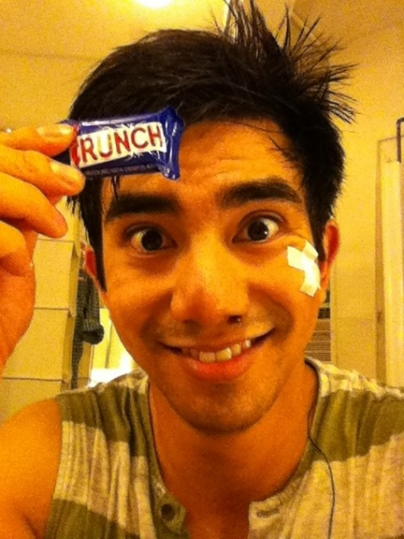 NEWSIES' Aaron J. Albano ‏