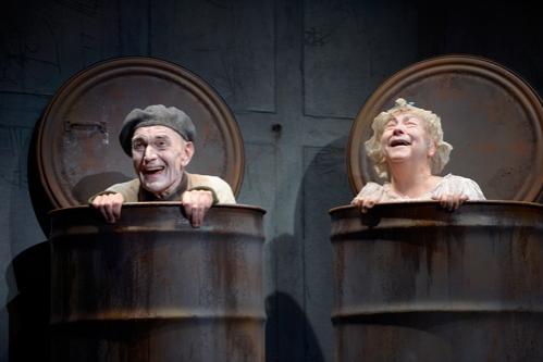 Giles Havergal, Barbara Oliver