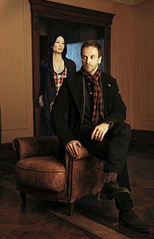 Jonny Lee Miller & Lucy Liu - ELEMENTARY at First Look at New CBS Series