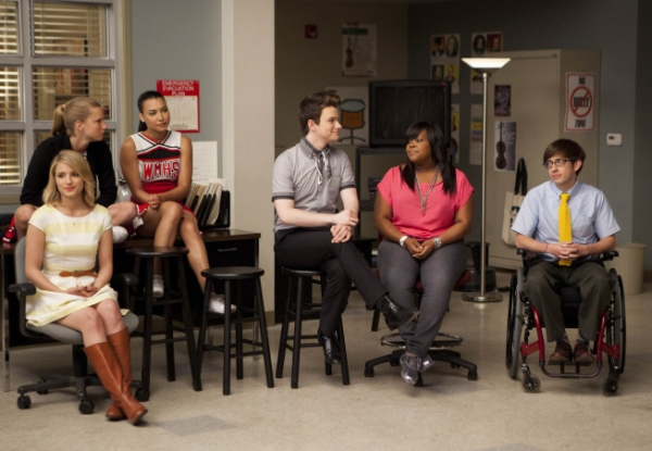 Photo Flash: First Look at GLEE's Season 3 Finale!