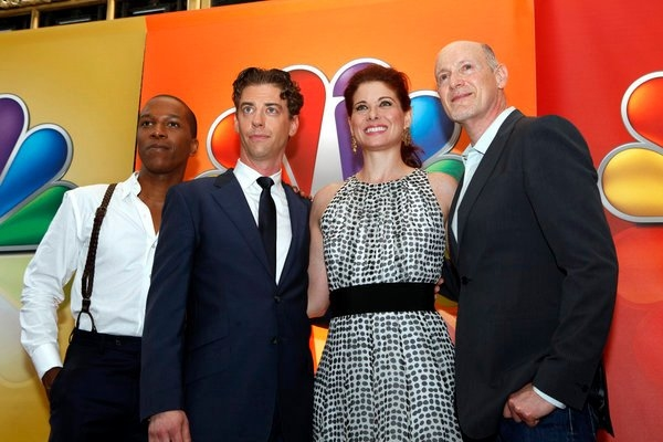 Leslie Odom, Jr., Christian Borle, Debra Messing, Neil Meron at Photo Flah: SMASH Cast Performs at NBC Upfronts!