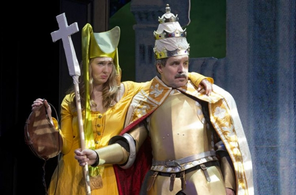 Photo Flash: First Look at Signature Theatre's MEDIEVAL PLAY