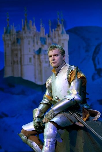 Tate Donovan at First Look at Signature Theatre's MEDIEVAL PLAY