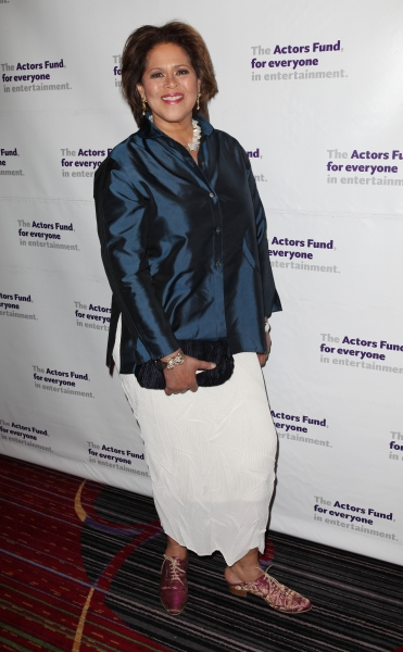 Anna Deavere Smith at The Stars Come Out to Honor Jerry Stiller, Harry Belafonte & More at The Actor's Fund Gala