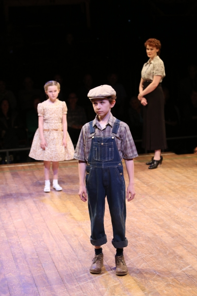 Photo Flash: Kate Baldwin & Burke Moses in Arena Stage's THE MUSIC MAN- Production Shots!