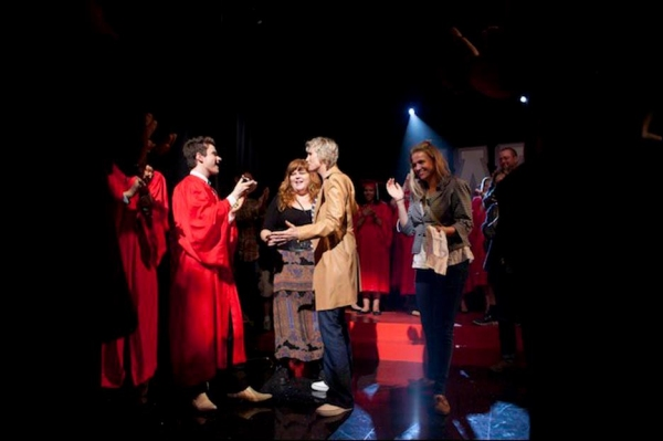 Photo Flash: Behind the Scenes of GLEE's Season 3 Finale!