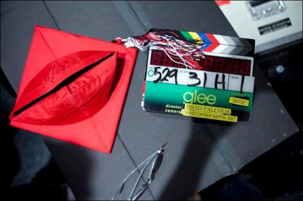 Photo Flash: Behind the Scenes of GLEE's Season 3 Finale!
