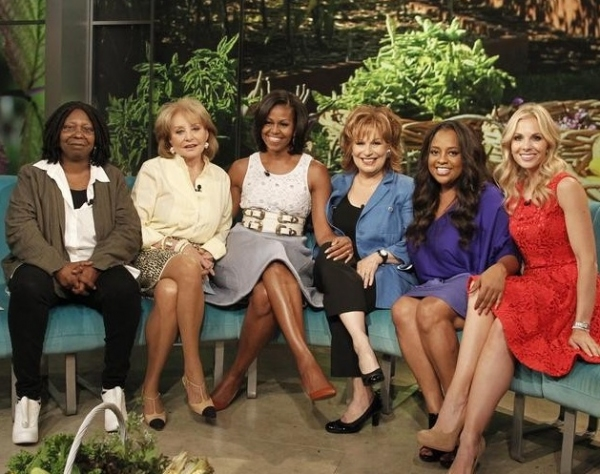 Whoopi Goldberg, Barbara Walters, Michelle Obama, Joy Behar, Sherri Shepherd & Elisabeth Hasselbeck at First Lady Michelle Obama Visits THE VIEW