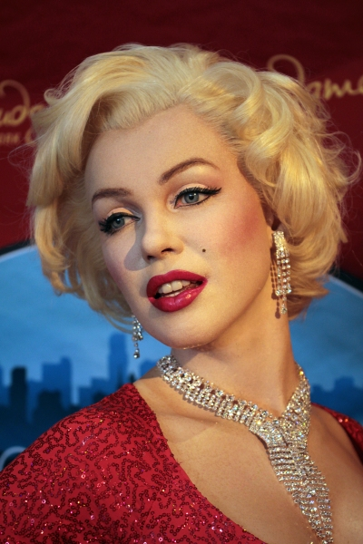 Marilyn Monroe at Madame Tussaud's Celebrates Marilyn Monroe's Birthday!