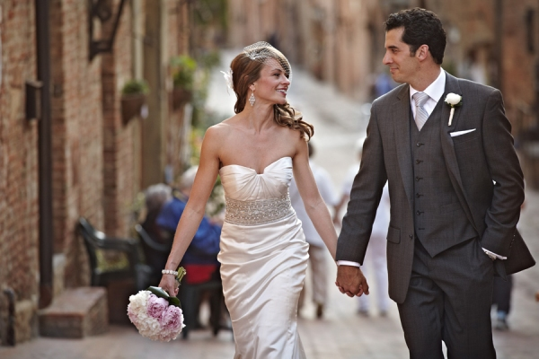 Photo Flash: JERSEY BOYS Tour Vets Get Married in Tuscany!