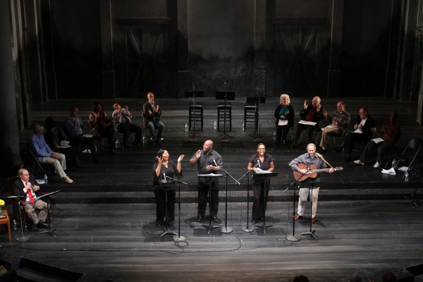 Photo Flash:  First Look at Steppenwolf's WILL THE CIRCLE BE UNBROKEN!