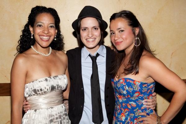 Zabryna Guevara, Fernanda Coppol and Carmen Zilles