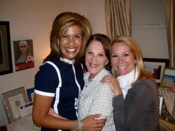 Photo Flash: THE LYONS Linda Lavin with TODAY's Hoda Kotb and Kathie Lee Gifford