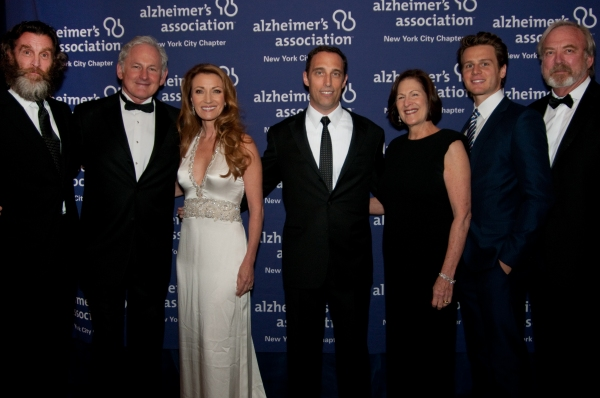 Photo Flash: David Hyde Pierce, Victor Garber, et al. at Forget-Me-Not Gala