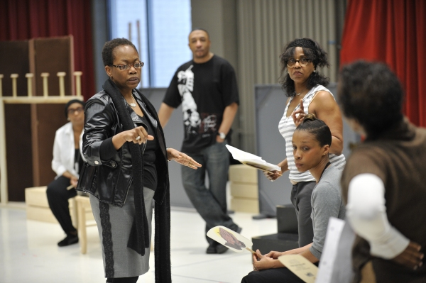 Photo Flash: E. Faye Butler, Felicia Fields et al. in CROWNS' Rehearsal at Goodman Theatre