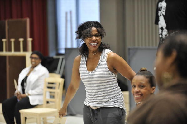 Pauletta Washington (Wanda) at E. Faye Butler, Felicia Fields et al. in CROWNS' Rehearsal at Goodman Theatre