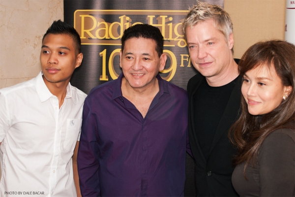 Photo Coverage: Chris Botti Arrives in Manila for a Concert, 6/19