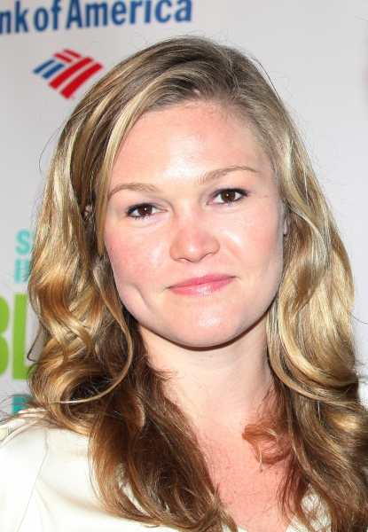 Julia Stiles at ROMEO & JULIET Afterparty with Jesse L. Martin & Co.