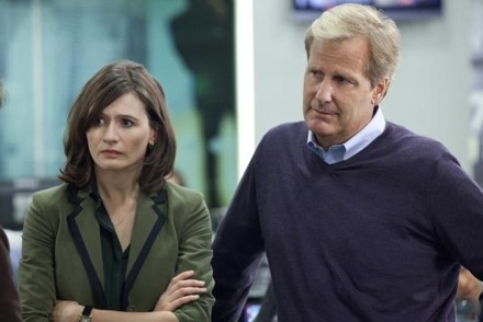 Emily Mortimer & Jeff Daniels at First Look - Jeff Daniels, Emily Mortimer in HBO's THE NEWSROOM
