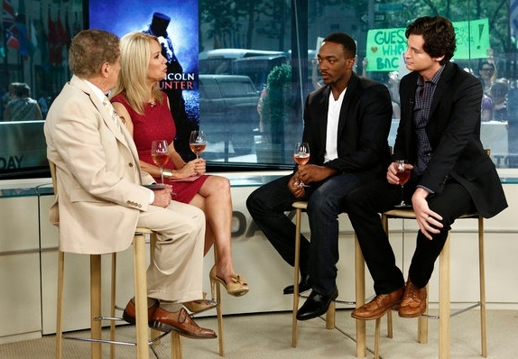 Regis Philbin, Kathie Lee Gifford, Anthony Mackie & Benjamin Walker