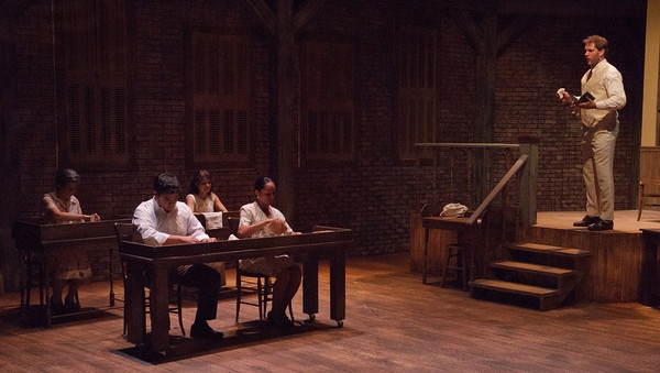 Photo Flash:  Sneak Peek of ANNA IN THE TROPICS at Wilson Mainstage, Opening Tomorrow!