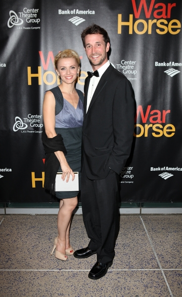 Sara Wells and Noah Wyle Photo
