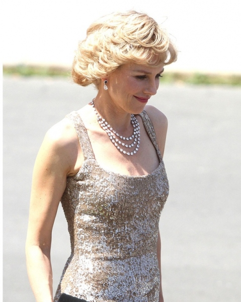 Photo Flash: First Look - Naomi Watts as Princess Diana in CAUGHT IN FLIGHT