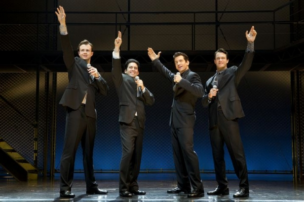 Photo Flash: John Lloyd Young Returns to JERSEY BOYS as 'Frankie Valli'