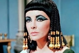 Elizabeth Taylor at Lindsay Lohan as 'Cleopatra' in Lifetime's LIZ & DICK
