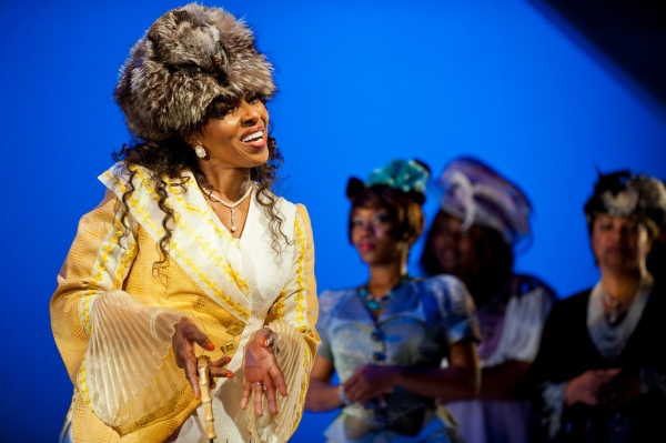 Pauletta Washington as Wanda at First Look at E. Faye Butler et al. in Goodman Theatre's CROWNS