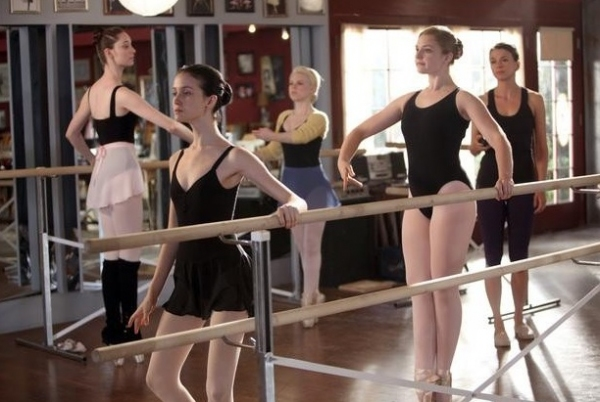 Emma Dumont, Julia Goldani Telles, Bailey Buntain, Kaitlyn Jenkins, Sutton Foster at First Look - Stills Released For 7/30 BUNHEADS Episode!