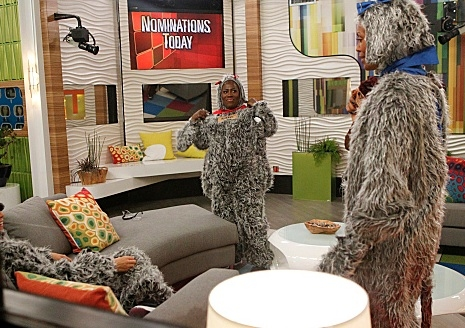 Sheryl Underwood, Aisha Tyler at First Look - THE TALK Hosts Visit 'Big Brother'